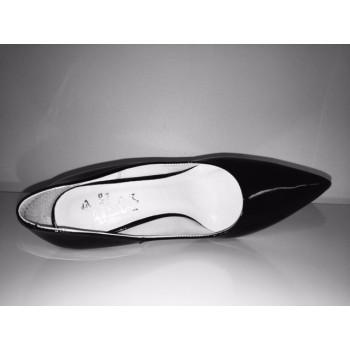 CATALEYA kontsaga lakk-kingad must